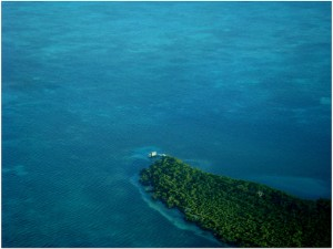 buying-an-island-in-belize-02